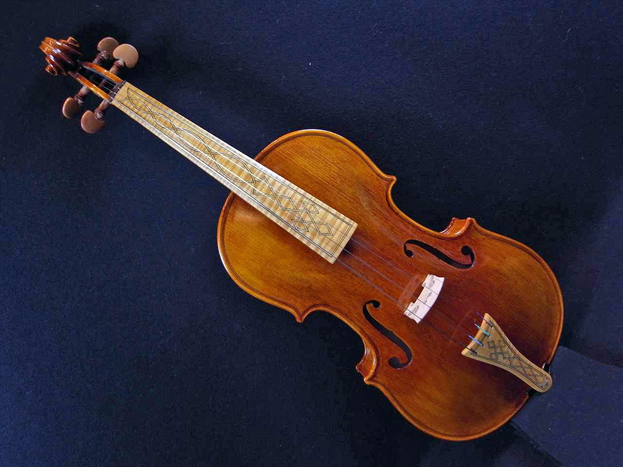 LiuXi工房ファインレベル・バロックバイオリン・メープル指板