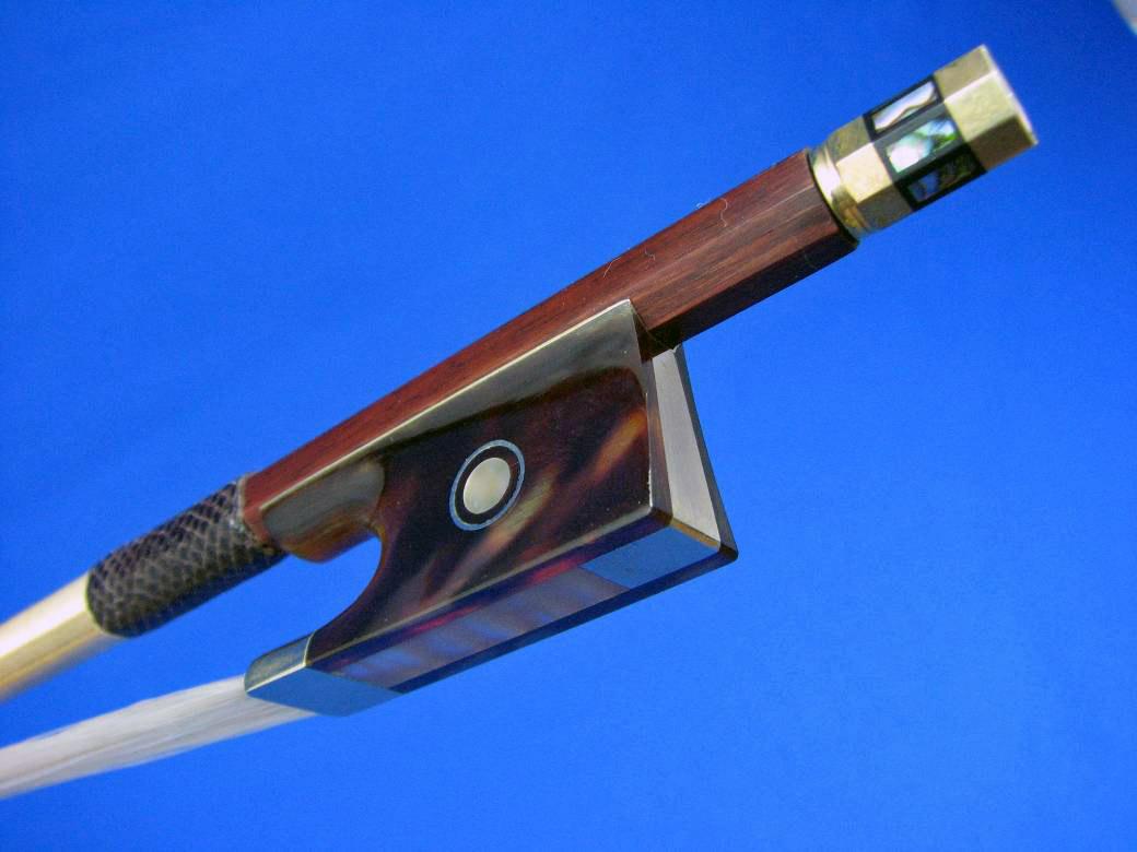 画像1: Yin Guohua弓工房 アフリカンブラックウッド・バイオリン弓・ベッコウフロッグ・ゴールド・スーパーファイン