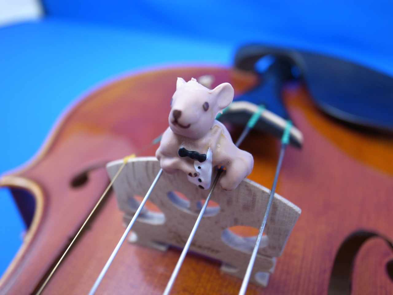 """画像1: マウストロ・バイオリン・ミュート・トルテ """"Moustro"""" Violin Mute Tourte """"Moussy"""""""